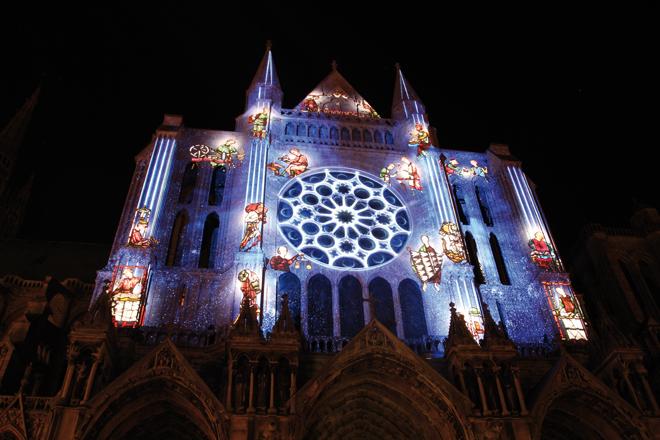 La Cathédrale de Chartres illuminée