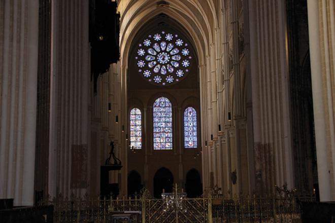 À l'intérieur de la Cathédrale