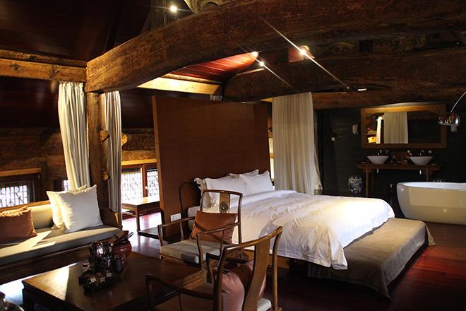 master-suite-jings-residence
