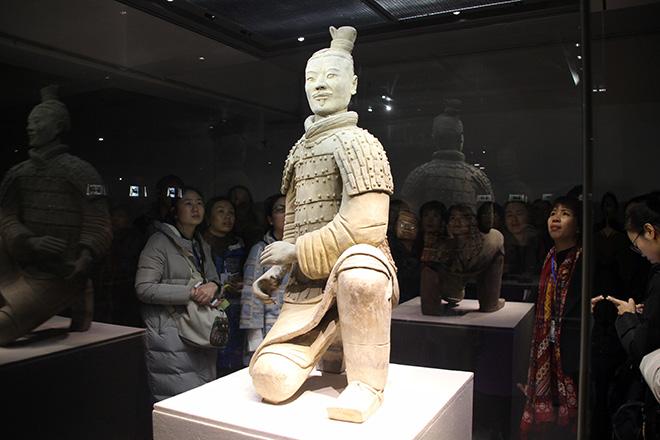 Archer assis de l'armée de terre cuite à Xi'an