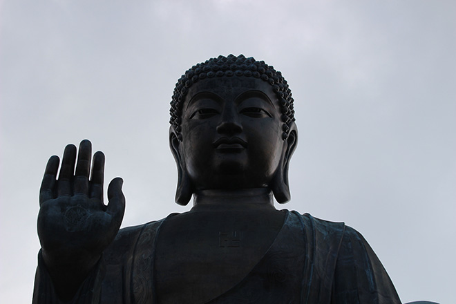 Bouddha géant sur l'île de Lantau à Hong Kong