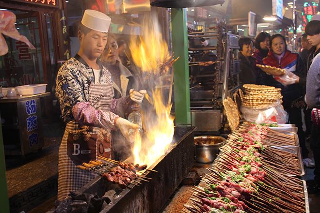 Brochettes de viande dans le quartier musulman de Xi'an