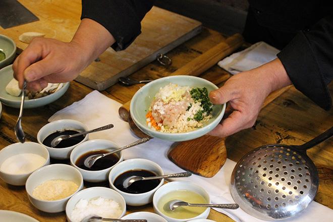 Cours de cuisine à l'hôtel Jing's residence à Pingyao