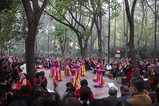 Spectacle dans People's Park à Chengdu