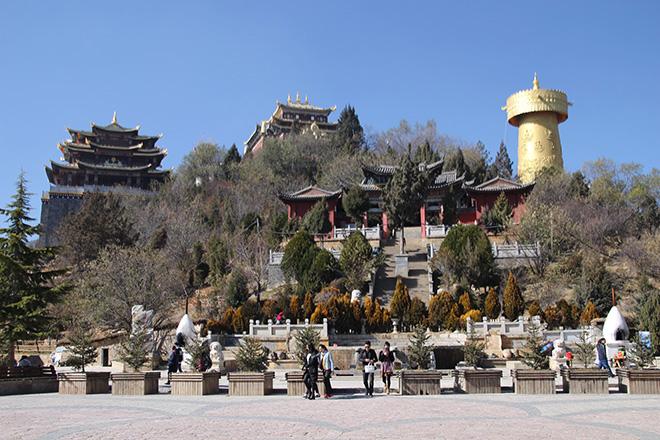Le plus grand moulin à prières au monde est à Shangri la