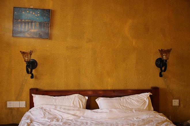 Chambre à l'auberge de jeunesse Yangshuo Éden Inn