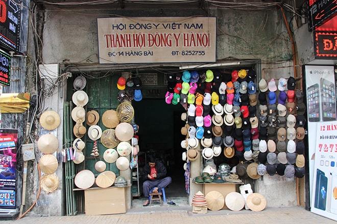 Magasin de chapeaux à Hanoi