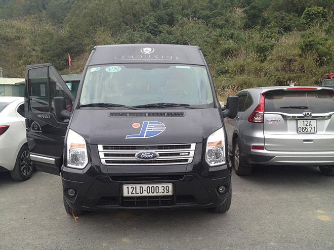 Mini van pour rejoindre Hanoi depuis le poste de frontière Chine - Vietnam