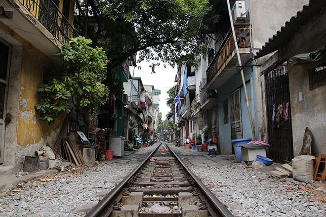 Chemin fer dans Hanoi
