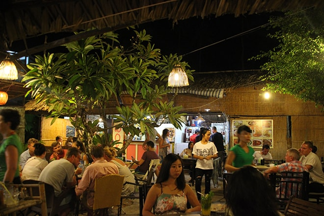 Food Court Dong Vui de Mui Né