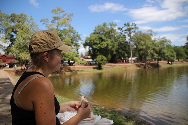 Siem Reap Temples Angkor Cambodge pique nique sur le lac