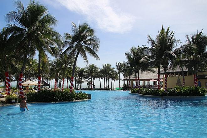 Piscine du resort Pandanus à Mui Né