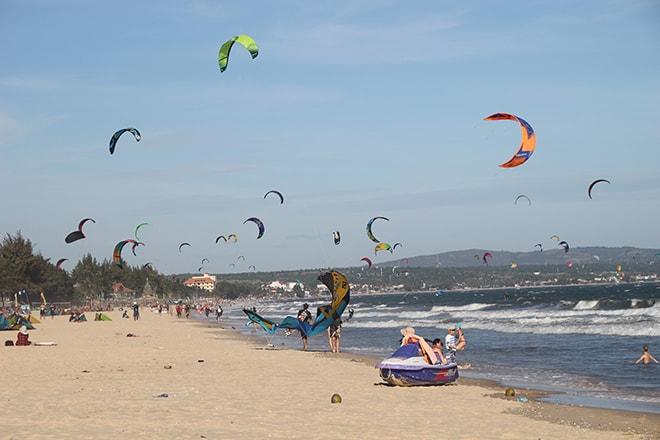 Plage et kite surf à Mui Né