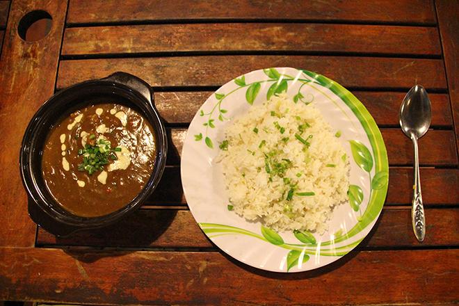 Repas indien au Food Court Dong Vui de Mui Né