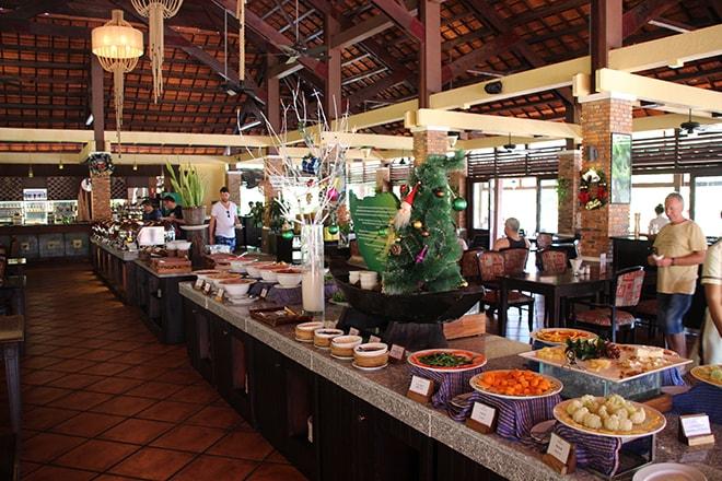 Buffet petit déjeuner Pandanus Resort Mui Ne Vietnam