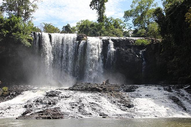 Grande cascade Busa Sen Monorom Cambodge