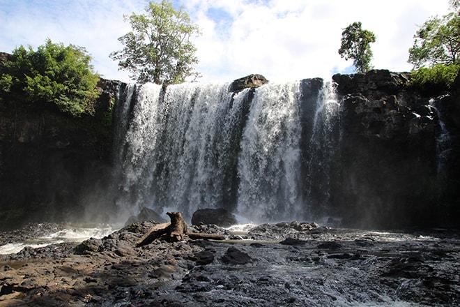 Haut cascade Busa Sen Monorom Cambodge