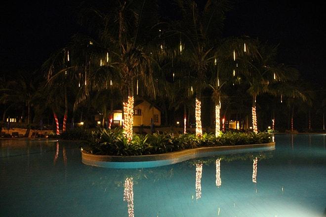 Piscine de nuit Pandanus Resort Mui Ne Vietnam