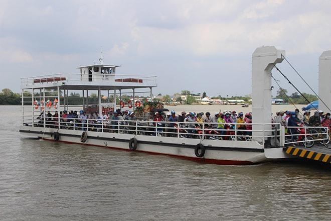 Traversée du Mékong pour rejoindre An Binh depuis Vinh Long