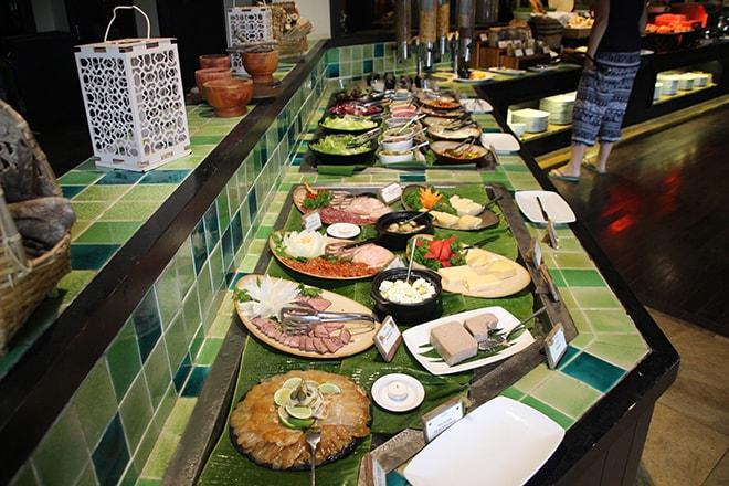 buffet petit déjeuner Anantara Mui Ne Vietnam