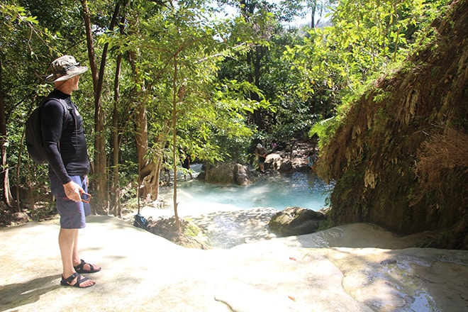 Cascade Erawan près de Kanchanaburi en Thailande