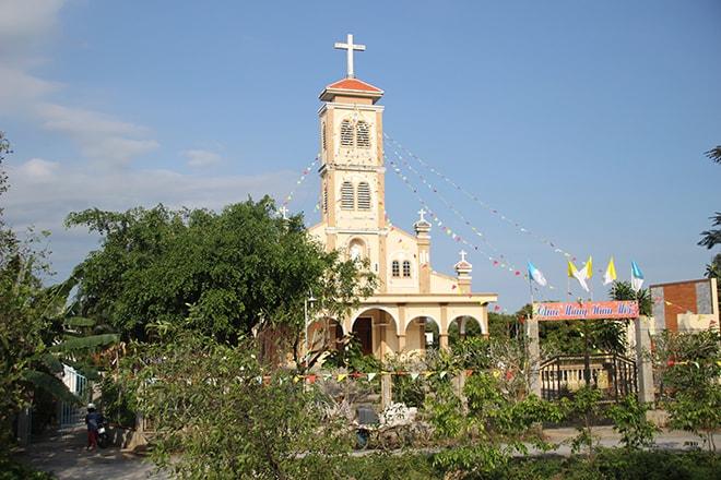 Eglise sur l'île d'An Binh dans le Mékong