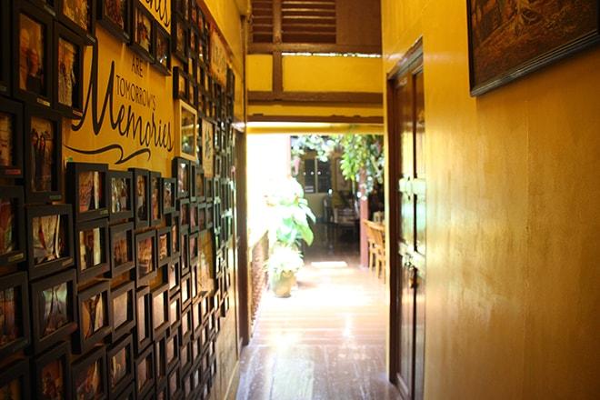 Couloir et souvenirs Vintage House Penang Georgetown Malaisie