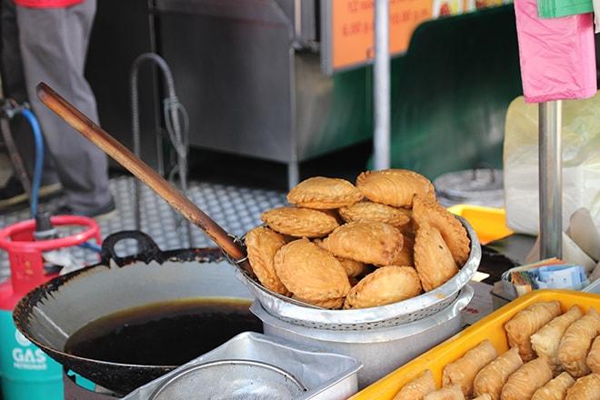 Foodtour Penang beignet au curry