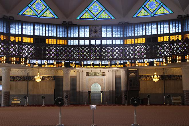 Salle de prière Mosque Masjid Negara Kuala Lumpur