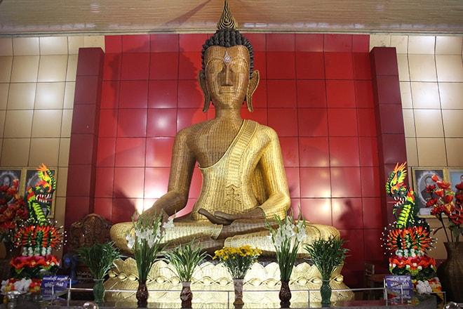 Bouddha en bambou à Mawlamyine