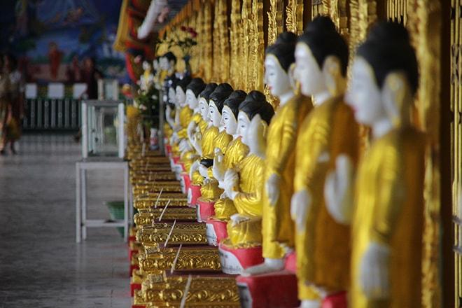 Bouddhas Yangon