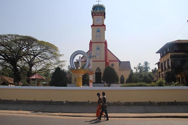 Eglise dans le centre ville de Mawlamyine