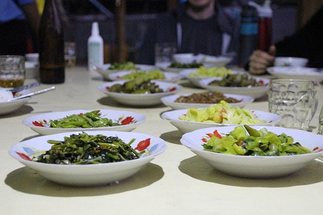 Repas pendant le trek kalaw lac inle