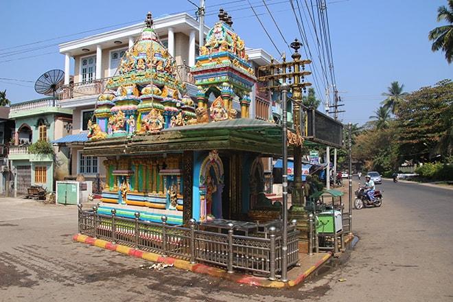 Temple indou dans le centre ville de Mawlamyine
