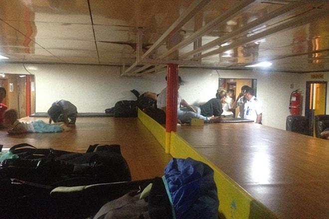 Classse Economie tatami Ferry iles Togian rejoindre les îles Togian