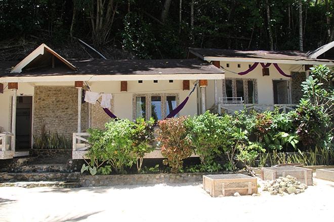 Notre bungalow Black Marling Dive Resort Kadidiri iles Togian où dormir dans les îles Togian