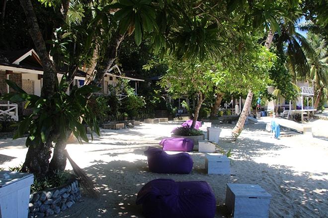 Plage Black Marling Dive Resort Kadidiri iles Togian où dormir dans les îles Togian