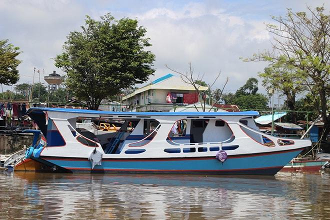 bateau public manado bunaken
