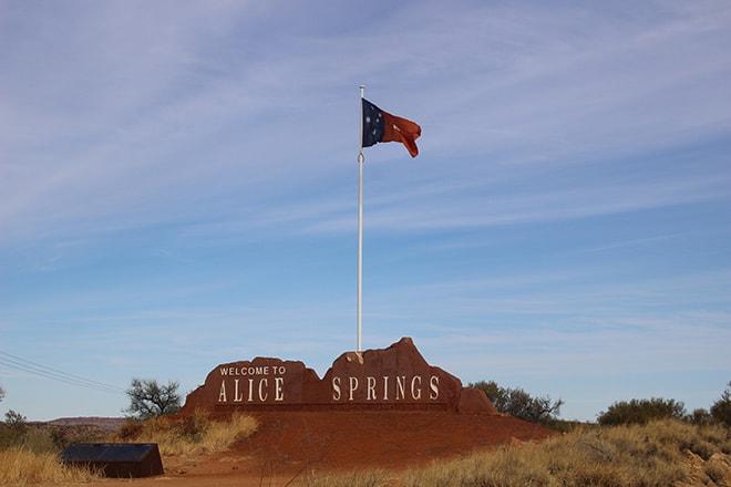 Alice Springs Drapeau