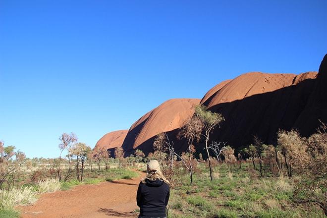 Elo Base Walk Uluru