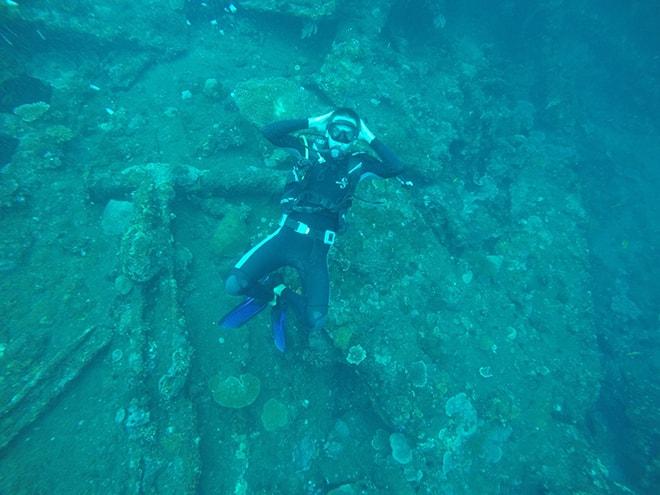 Tom plongee Tulamben Bali Yos Marine Epave Liberty plonger à Tulamben