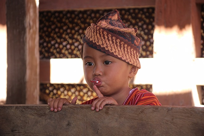Enfant Sulawesi Indonésie