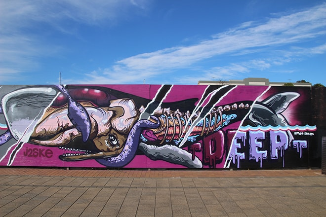 Street art quais Port Adelaide Australie