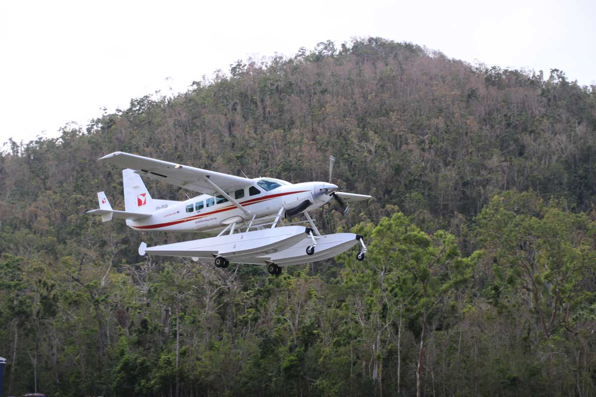 Avion GSL survol Whitsundays Australie