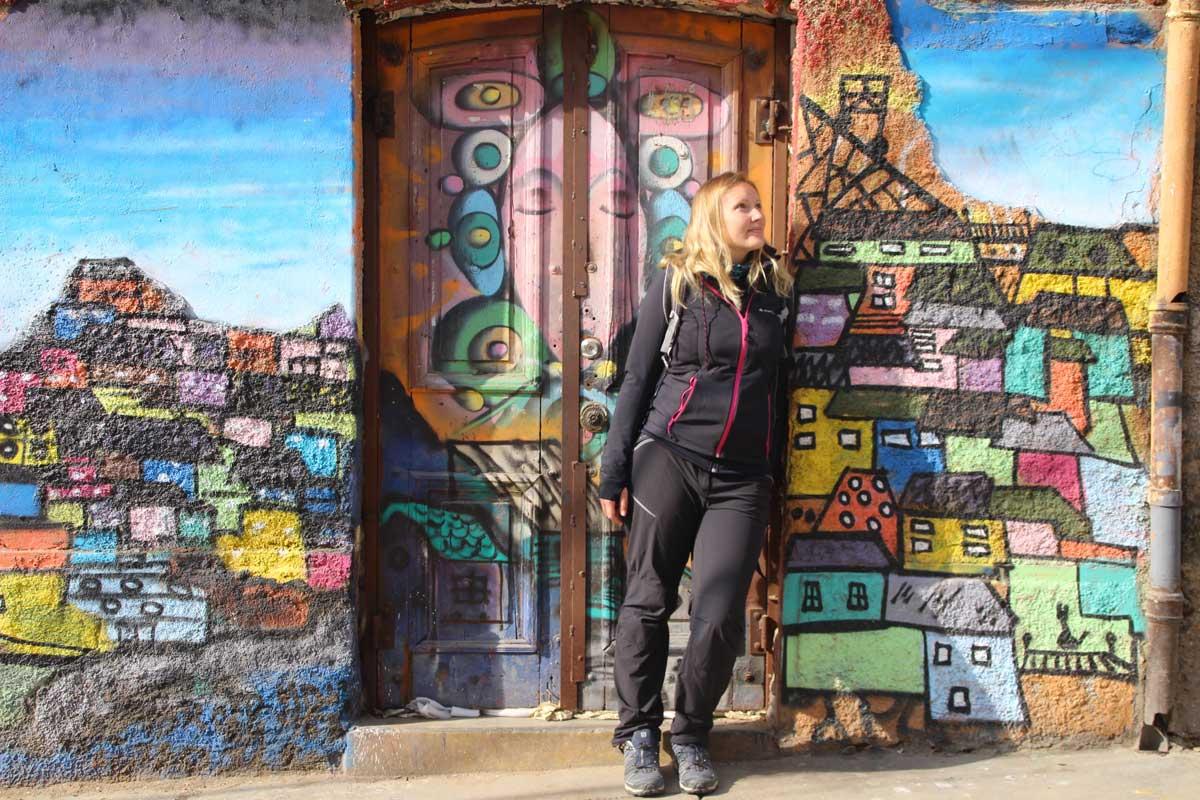 Elo Street Art Valparaiso Chili