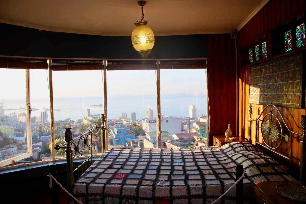 Vue chambre Neruda Valparaiso Chili