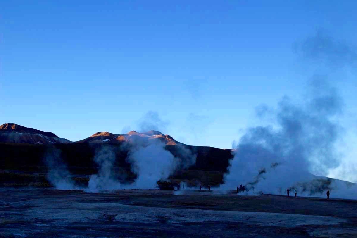 fumee geysers desert atacama