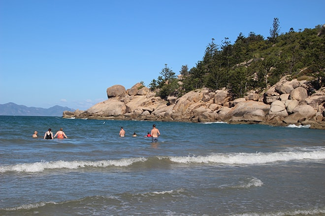plage alma magnetic island