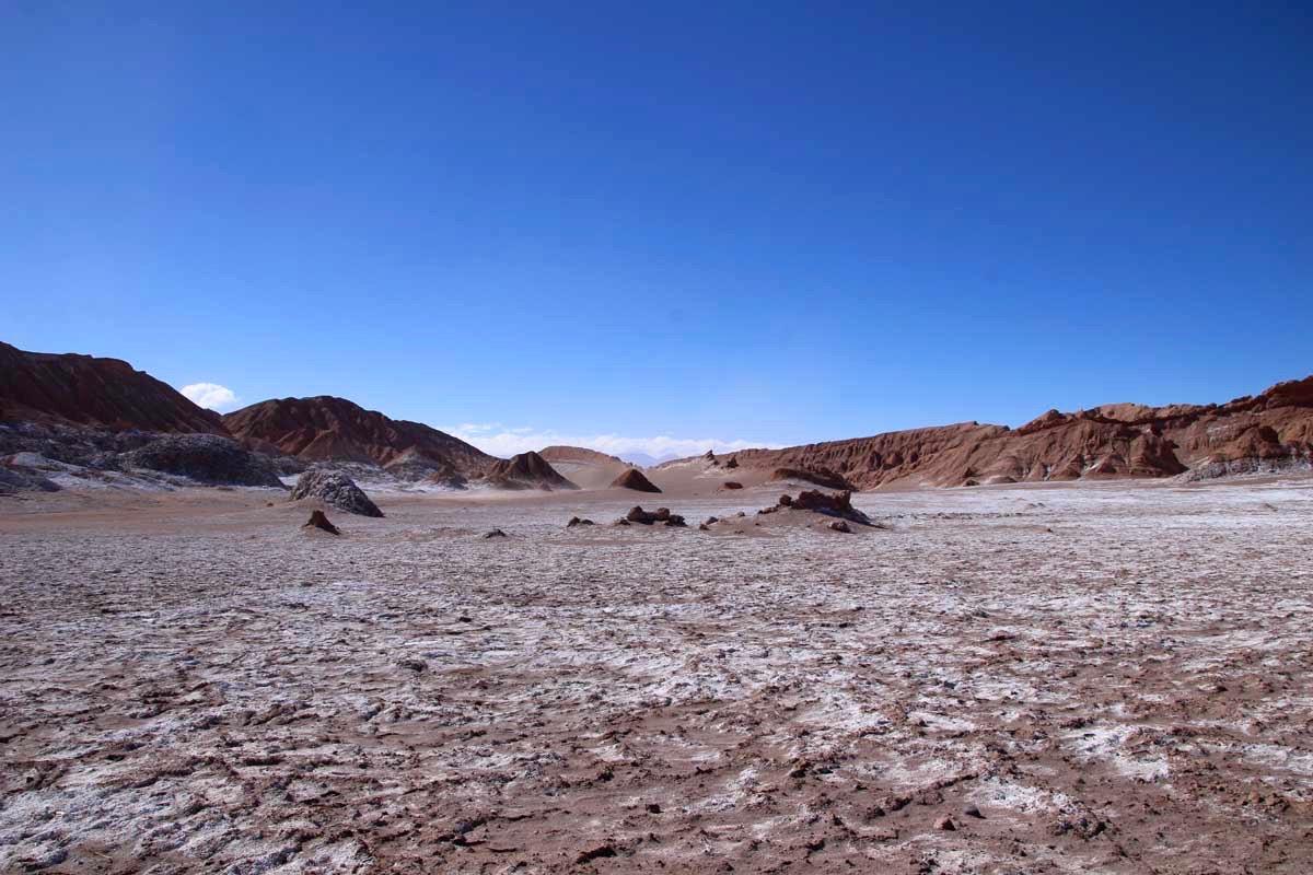 valle de la luna desert atacama