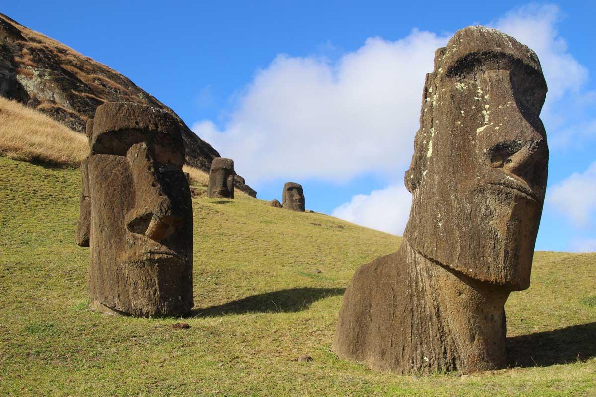 carriere moai île de pâques chili